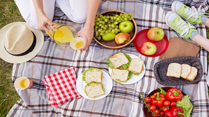 With Warm Weather Here, Learn How to Handle Food Safely Outdoors